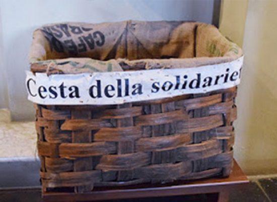 """L'associazione Teclas promuove la """"Cesta della Solidarietà"""""""