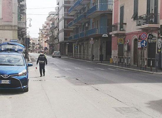 Emergenza Covid-19: nella Bat 98 persone sanzionate, 2 denuciate per falsa attestazione