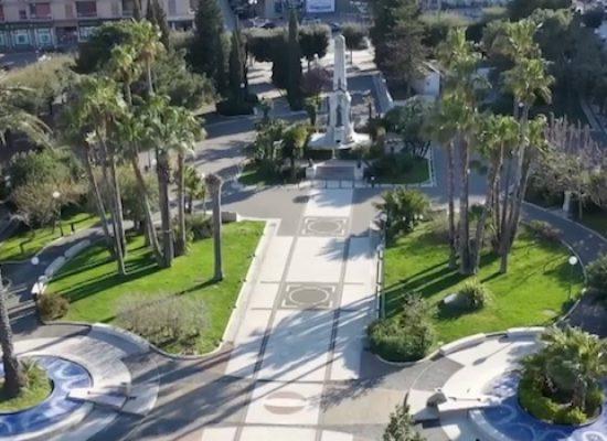 Partono i controlli dall'alto: le immagini del drone su una Bisceglie deserta / VIDEO