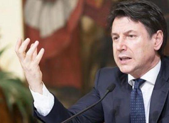 """Coronavirus, Giuseppe Conte annuncia: """"400 miliardi per la liquidità delle aziende"""""""