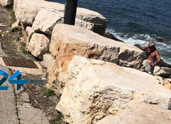 L'emergenza Covid-19 continua, cittadino incurante va in spiaggia