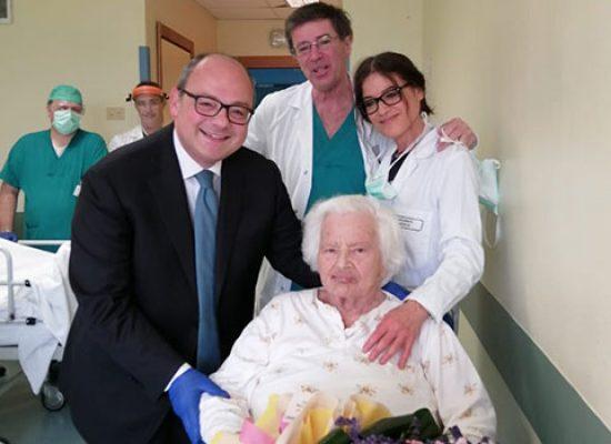 """Centenaria biscegliese operata al femore: """"Adesso voglio andare a casa e festeggiare con le mie figlie"""""""
