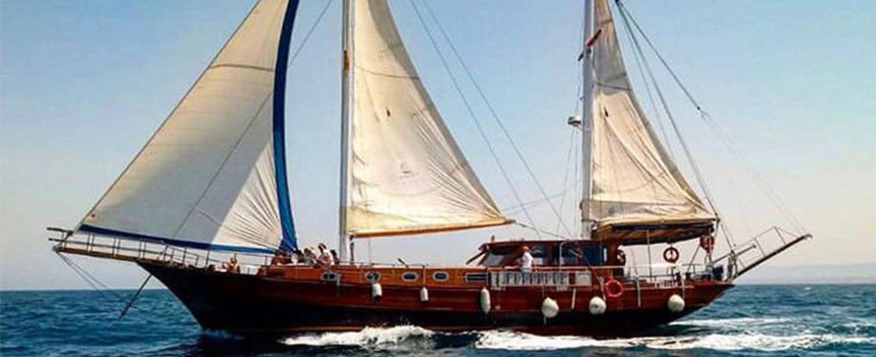 """L'imbarcazione storica """"Yasemin Sultan"""" arriva nel porto di Bisceglie"""