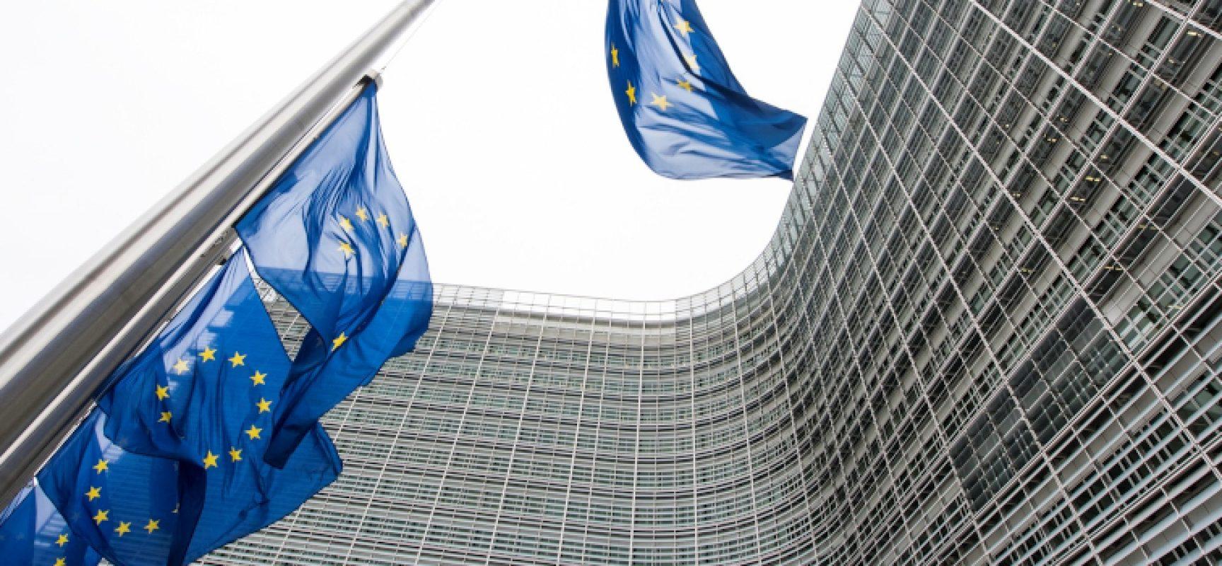 Giovani, tirocini retribuiti al Parlamento Europeo / ECCO COME CANDIDARSI