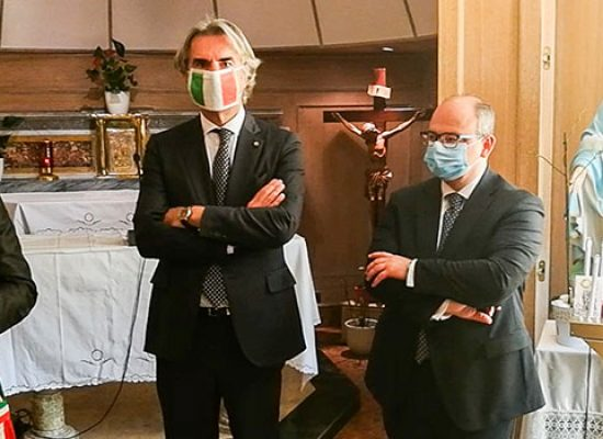 """Sindaco Angarano ad operatori sanitari: """"Siete stati esempio di umanità"""" / VIDEO"""