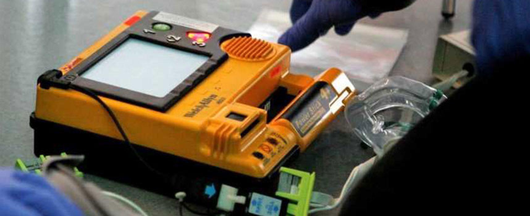 A Bisceglie nuovo defibrillatore a disposizione dei cittadini, una App e altri servizi