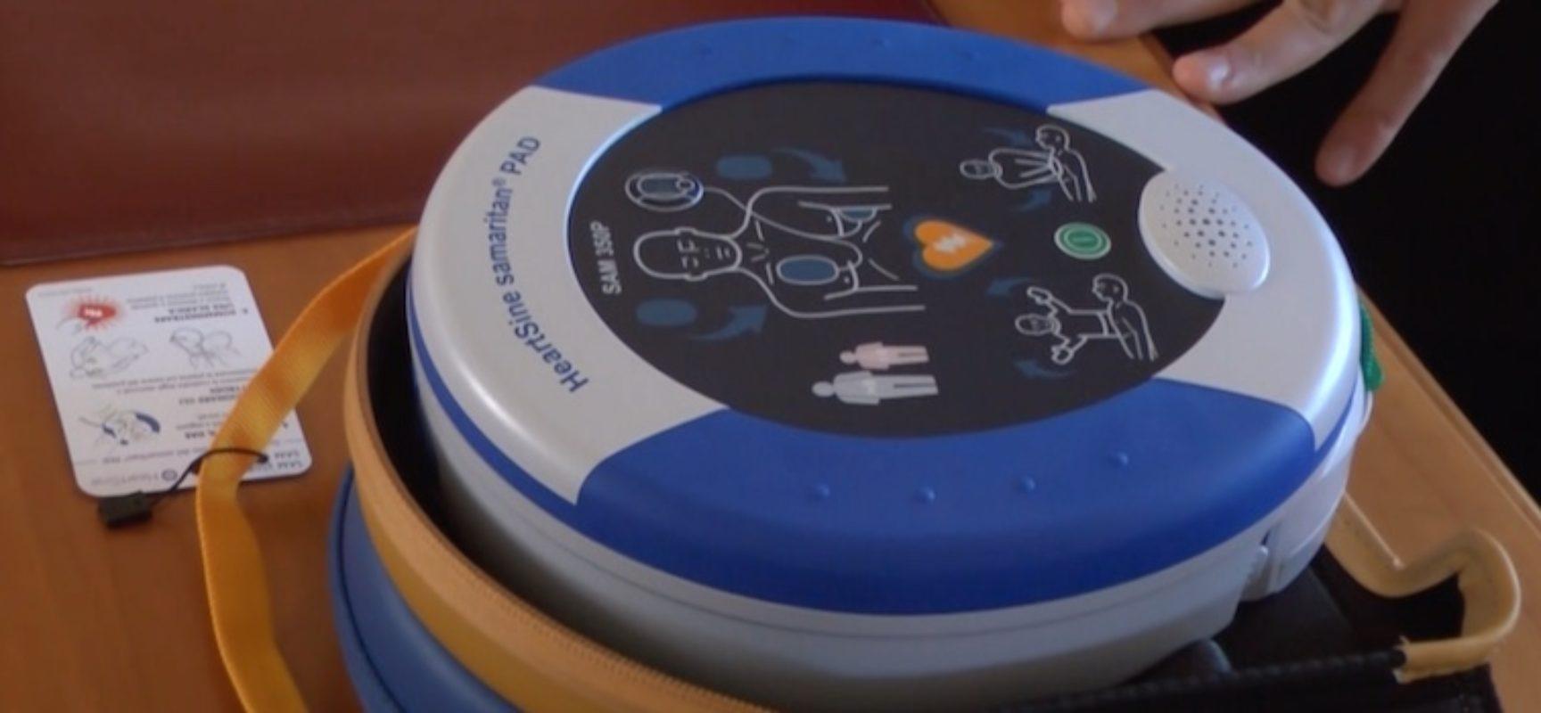 Protezione civile Puglia consegna defibrillatore per soccorso in spiagge biscegliesi
