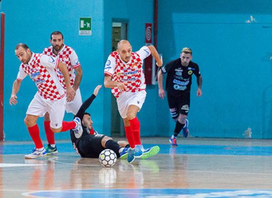 Calcio a 5: Diaz in Capitanata, match casalinghi per Futbol Cinco e Nettuno Bisceglie
