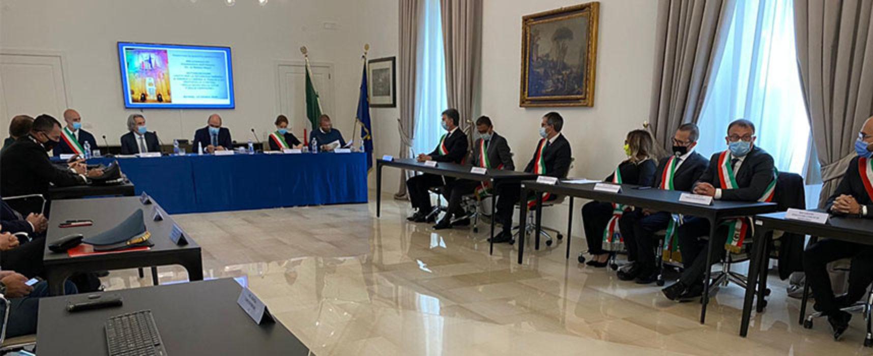 """Sindaco Angarano sottoscrive in Prefettura protocollo """"Mille occhi sulla Città"""""""