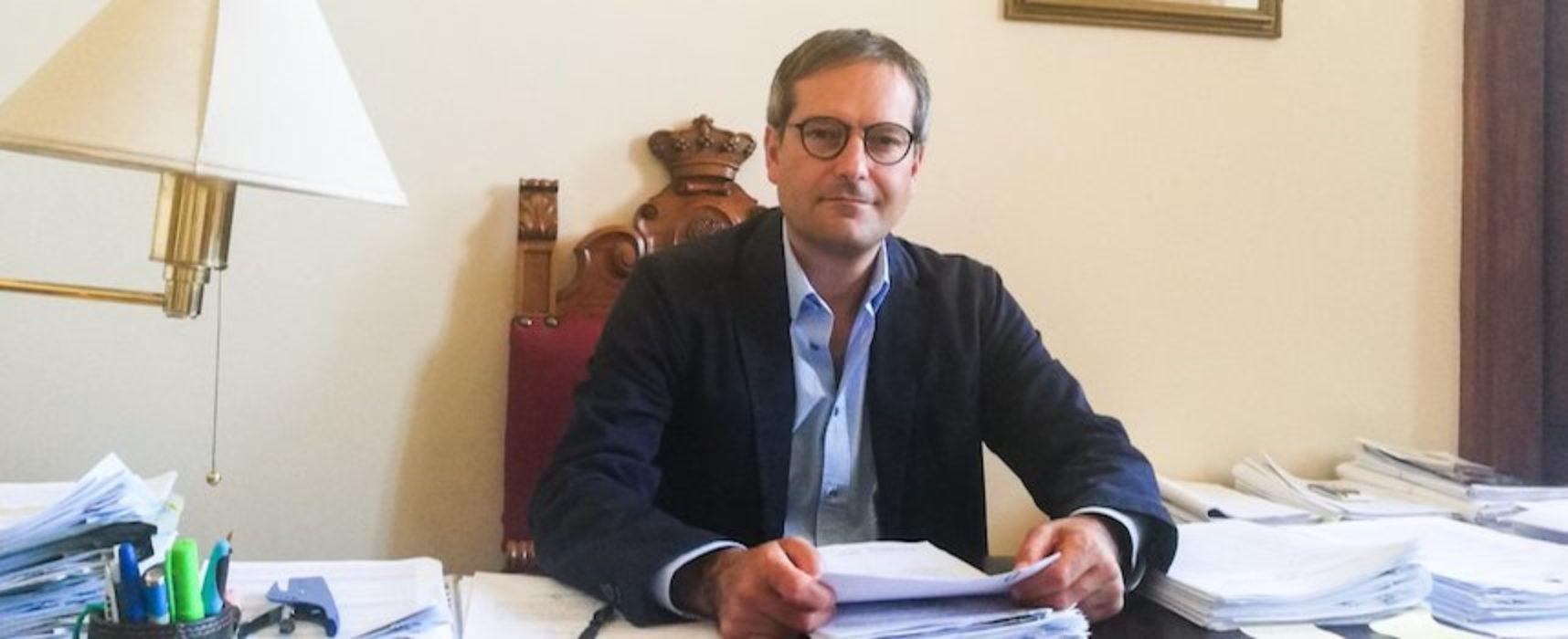 Angarano firma ordinanza per chiudere scuole di competenza comunale