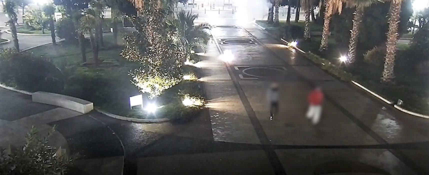Fa esplodere petardo in piazza, 19enne multato da Polizia Locale / VIDEO