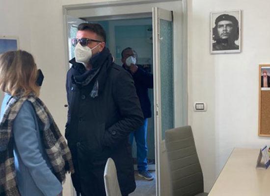 """A Bisceglie inaugurata la sede della lista civica """"Con"""" Emiliano"""