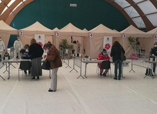 Partita ufficialmente l'operazione vaccinazioni anti covid a Bisceglie / FOTO