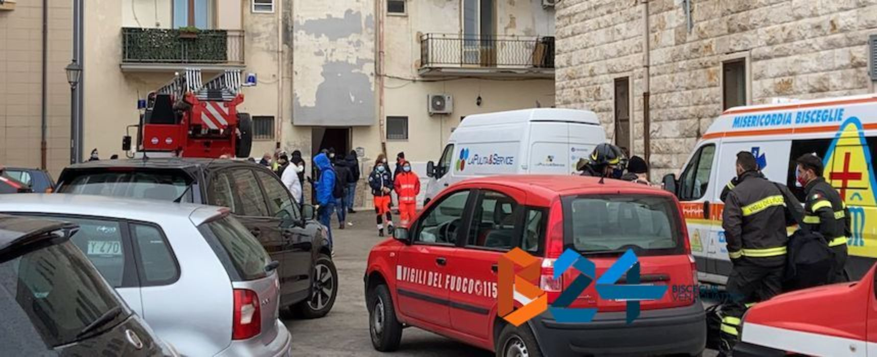 In corso sgombero alloggi comunali di via Taranto: il VIDEO delle operazioni