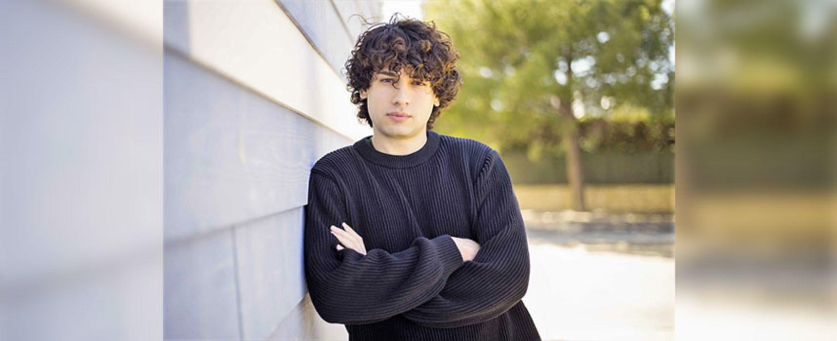 """Giuseppe de Candia, """"Ci stiamo sbagliando"""": il singolo che parla alla Generazione Z"""