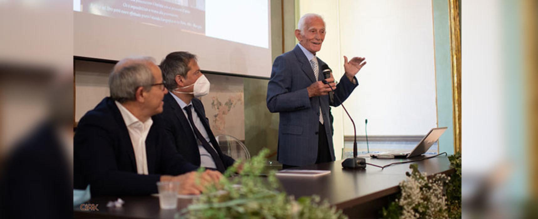 """Presentato il libro, """"Racconti di memoria: via Ottavio Tupputi"""" di Vincenzo Cortese"""