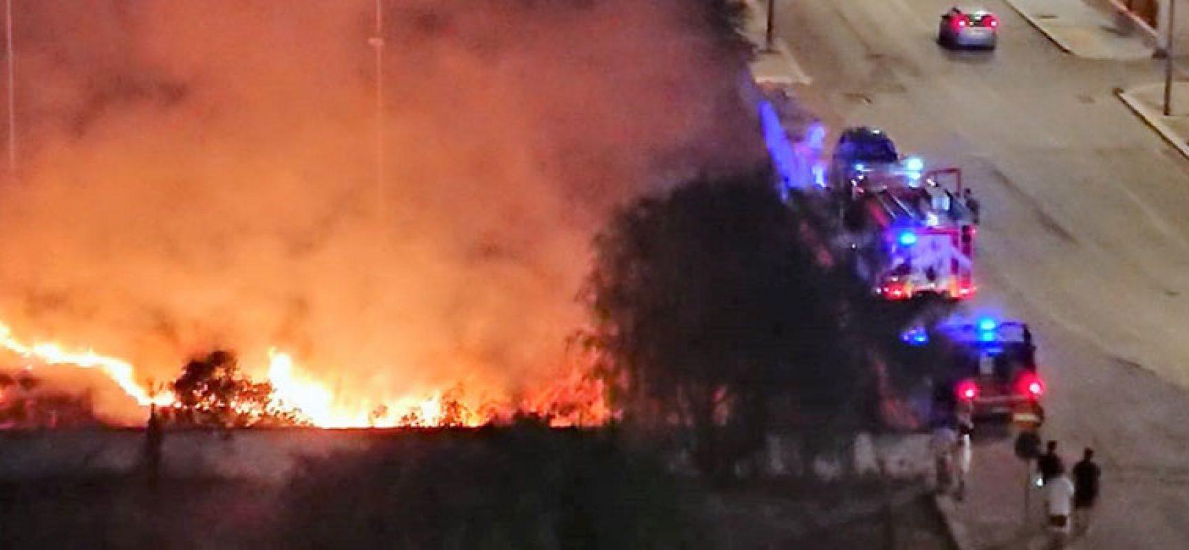 """A fuoco in serata terreno nei pressi dell'Istituto """"Dell'Olio"""""""