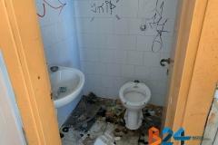 Vandali bagno anfiteatro-4