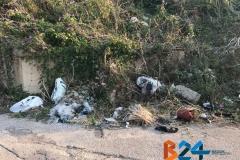 rifiuti complanare via Ruvo-6